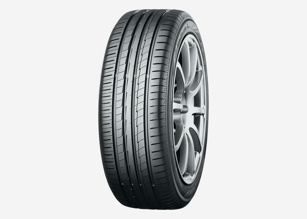 Yokohama BluEarth-A AE50 215/45R17 91W XL